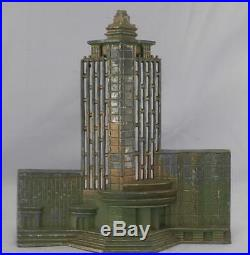 AntiqueVintage c1934 Chicago World's Fair Art Deco LampLightHall of Science