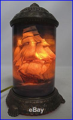 Antique 1930s Art Deco Scene In Action Clipper Ship Lighthouse Motion Lamp yqz